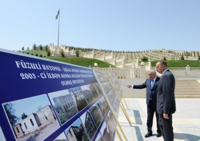 President Ilham Aliyev reviewed the Flag Square in Horadiz PHOTO