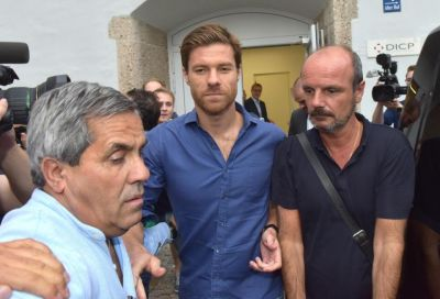 Bayern completes transfer for Xabi Alonso