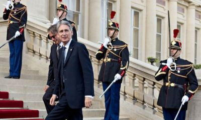 Leaders gather in Paris as UK edges towards military action
