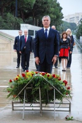 Montenegrin Premier visits Alley of Martyrs