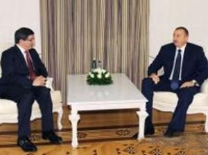 President Ilham Aliyev and Ahmet Davutoglu hold one-on-one meeting