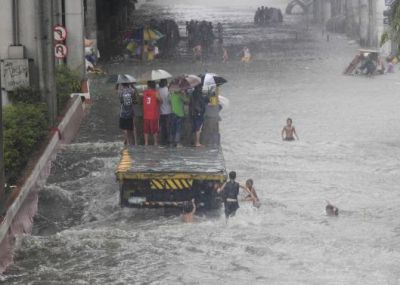 Heavy rain floods in Philippine  PHOTO