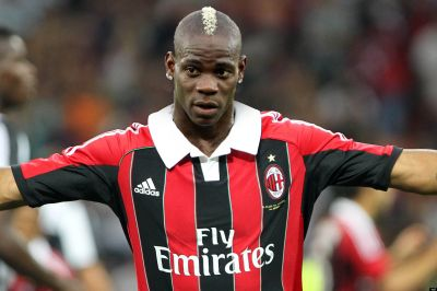 Police investigating Balotelli racist abuse