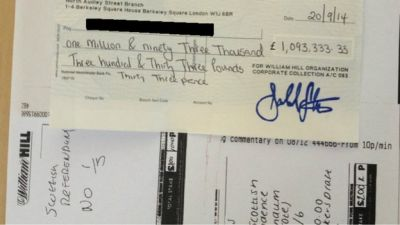 "A man bet £900,000 on a ""No"" vote in the Scottish independence referendum"