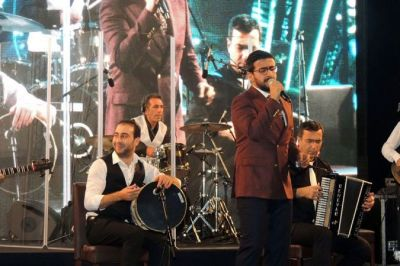 """Gaytaghy"" Instrumental Ensemble performs in France PHOTO"
