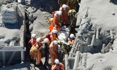 At least 30 victims found at Japan volcano