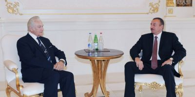 President Ilham Aliyev receives Former President of Estonia