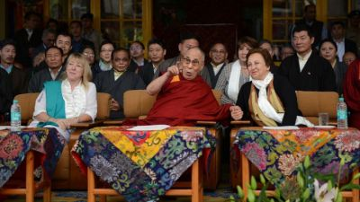 Nobel summit postponed after S. Africa denies Dalai Lama visa