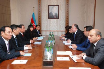 Minister Elmar Mammadyarov received the Vietnamese delegation