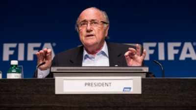 Blatter foresees Qatari World Cup for winter 2022