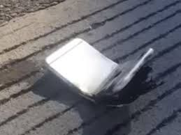 iPhone 6 bends in man's pocket and catches fire VIDEO