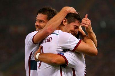 Bayern Munich beat Roma 7-1