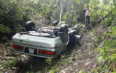 Man crawls for 3 days after car smash