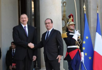 President Ilham Aliyev met with French President  PHOTO