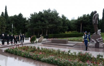 Croatian Deputy PM pays respect to the National Leader Heydar Aliyev