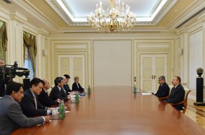 President Ilham Aliyev received a delegation led by the President of the Asian Development Bank