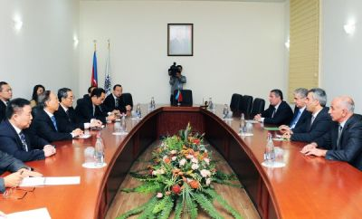 Azerbaijan`s Deputy Premier meets Vice chairman of Chinese People's Association for Peace and Disarmament
