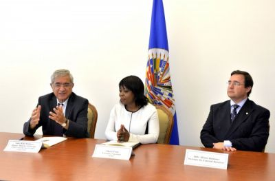 ADA University, OAS sign cooperation agreement on education and human development