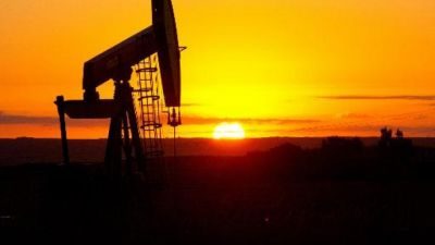 Oil prices creep higher before key US jobs data