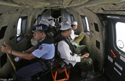 More objects found in AirAsia wreck, but no sign of black box