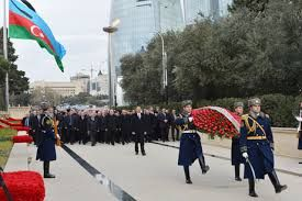 President Ilham Aliyev visits Alley of Martyrs