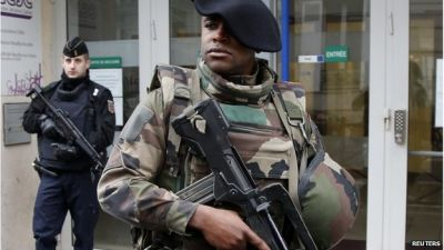 France boosts anti-terror strategy