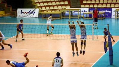 Iran to let foreign women watch male volleyball event
