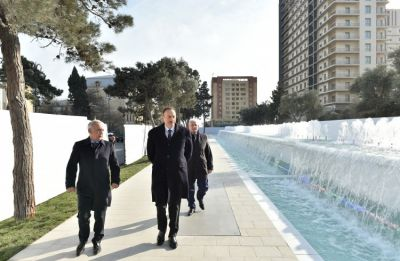President Ilham Aliyev reviewed the newly-built fountain and waterfall complex in Khatai district