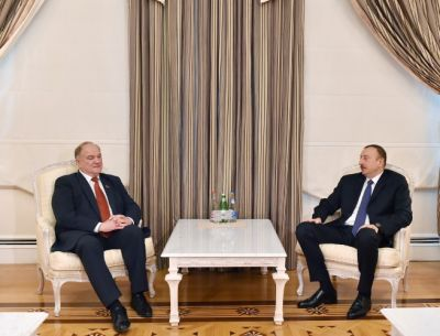 President Ilham Aliyev received a delegation of State Duma