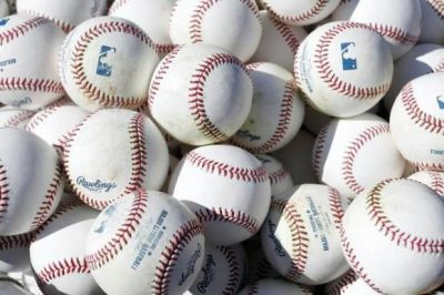 California lawmaker seeks to ban chewing tobacco in baseball
