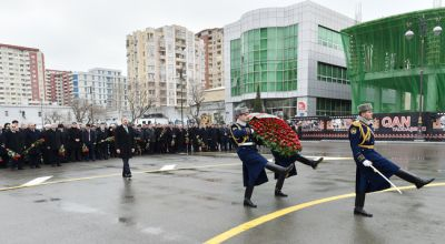 President Ilham Aliyev visits  the Khojaly monument PHOTO