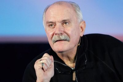 Mikhalkov to visit Baku