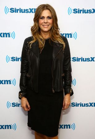 Rita Wilson reveals breast cancer