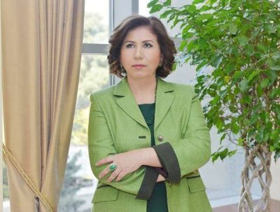 Bahar Muradova  protests against the EP