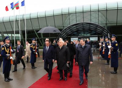 French President ends working visit to Azerbaijan