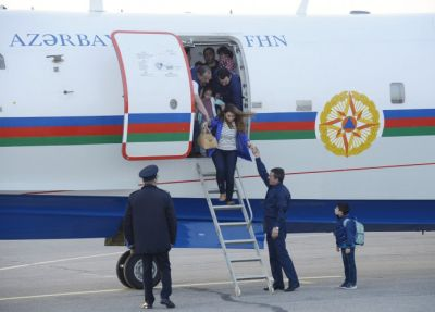 Plane brings Azerbaijani and Georgian citizens evacuated from Nepal