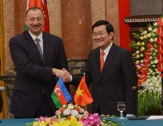 Azerbaijani-Vietnamese documents  signed