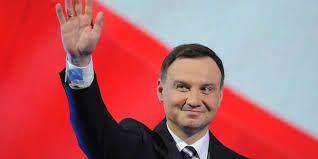 Анджей Дуда получил удостоверение президента Польши