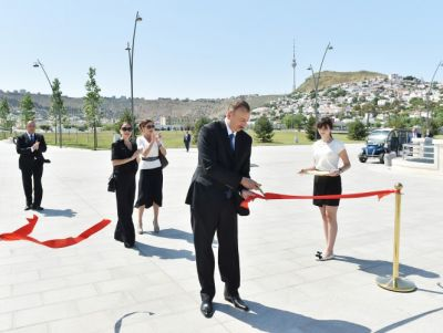 President Ilham Aliyev attended an opening of Bayil Boulevard PHOTO