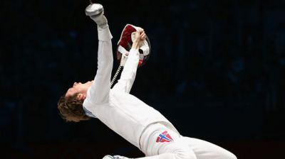 Top-notch men 'en garde' for stiff competition in Fencing