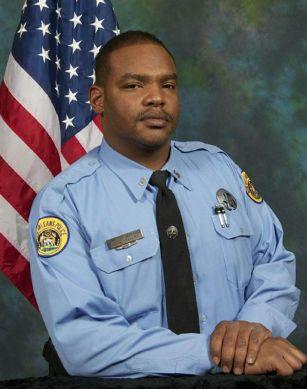 U.S police arrest man suspected of killing officer