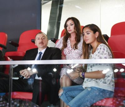 Azerbaijani President and family members watched volleyball match PHOTO