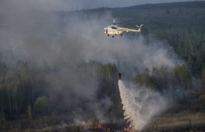 Fire near Chernobyl NPP reaches border with Belarus