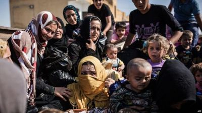 Four million Syrians  fled abroad  UN says