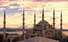 В Стамбуле идут облавы на сторонников ИГ