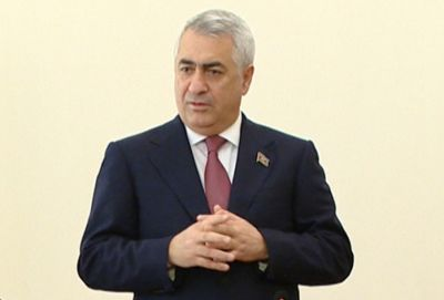 Azerbaijani to purchase 10 new locomotives