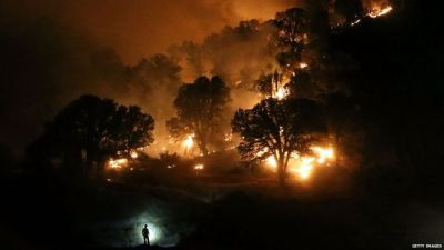 California fire: 13,000 people evacuated
