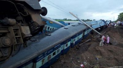 Two passenger trains drail in India