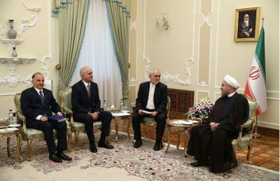 Iran attaches special attention to development of relations with Azerbaijan: Iran's President