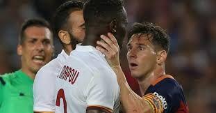 Месси ударил головой игрока «Ромы»